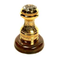 Печать с фианитом на каменном основание. Золото, никель, яшма, эмаль. Камени - фианит, либо горный хрусталь. высота (общая) 13 см, Ø подставки 8 см. Подарочная деревянная коробка с шелковым ложементом.